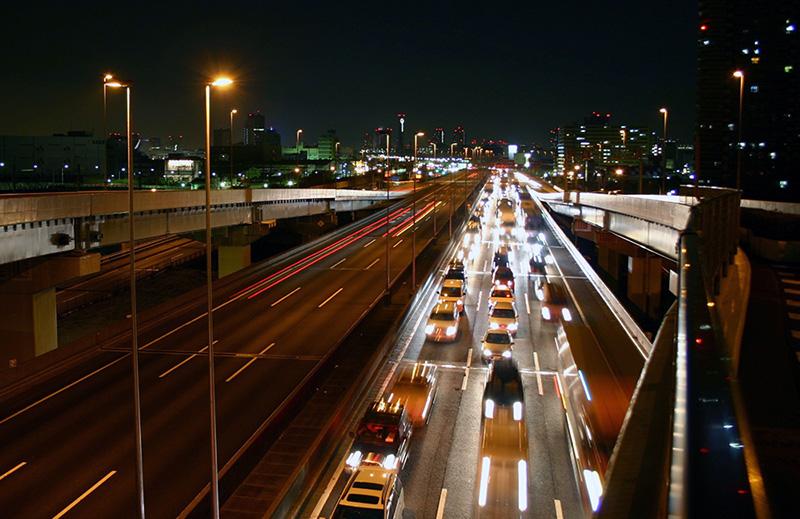 海津市で夜間勤務の市街地配送2tオートマチック車ドライバーの正社員求人